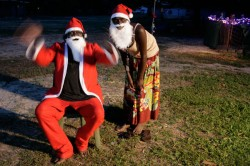 Kevin Warradigawuy and Enid Gurungulmiwuy, Gapuwiyak, NT. Still from Christmas Birrimbirr © Miyarrka Media 2011.