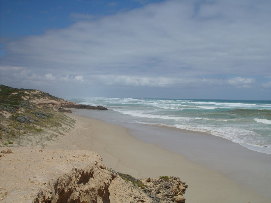 The Southern Ocean, near Lake Mombeong (Victoria, Australia)