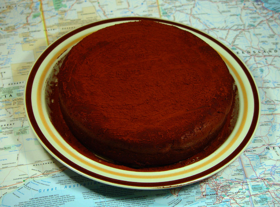 chocolate-cake-has-landed-900x666